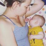 Mijn baby slaapt niet door: oplossingen en ervaringen